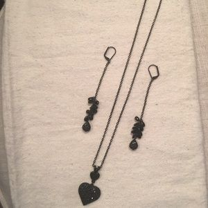 Express black heart necklace and earrings